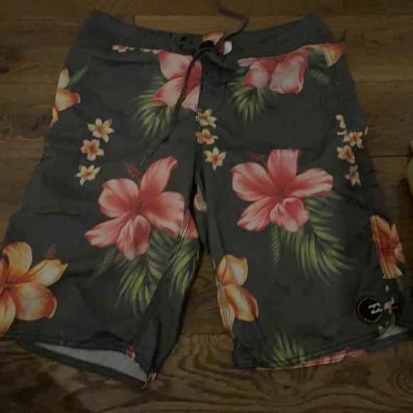 Billabong Swim trunks Hawaiian floral pattern